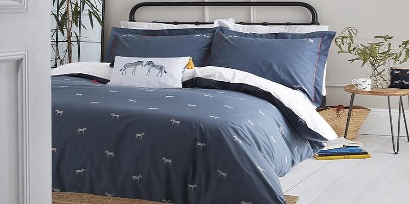 Hunde-/Katzenfans & Tierfreunde: Decken, Kissen & Wäsche